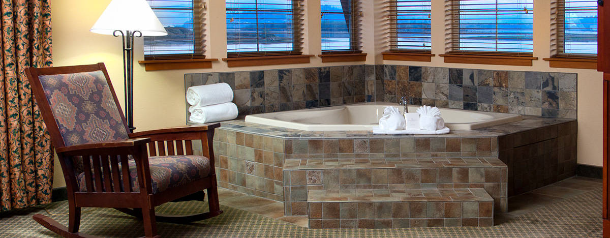 Jacuzzi Suite - The Mill Casino