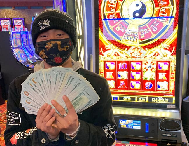 Man with $14,428 at Wheel of Prosperity Dragon